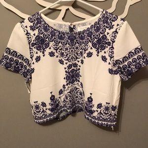 Tops - Cropped short sleeve indigo design